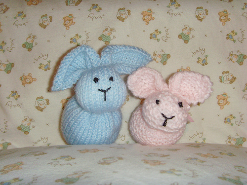 Simple Bunnies to knit!